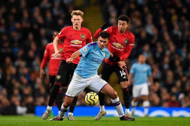 Adu Kuat Tim Papan Atas, Ini Prediksi Man City vs Manchester United