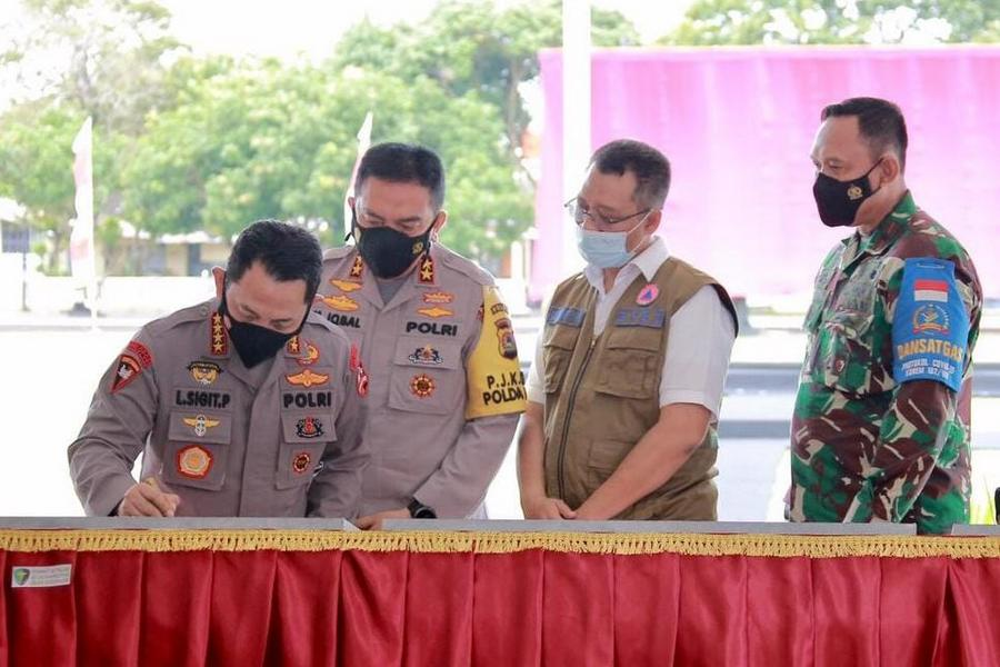 Gubernur NTB Dampingi Kapolri Resmikan Fasilitas Mapolda