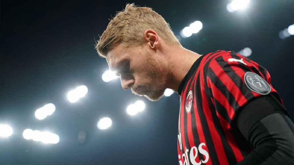 Bek Senior Andalannya Tidak Alami Cedera Serius, Milan Lega