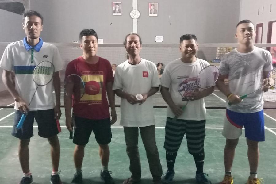 Dalam Rangka Hari Olahraga Nasional, PB Jatisela Gelar Kejuaraan Badminton
