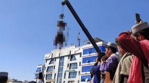 Taliban gantung mayat penculik pakai derek di depan umum: Untuk peringatan buat yang lain