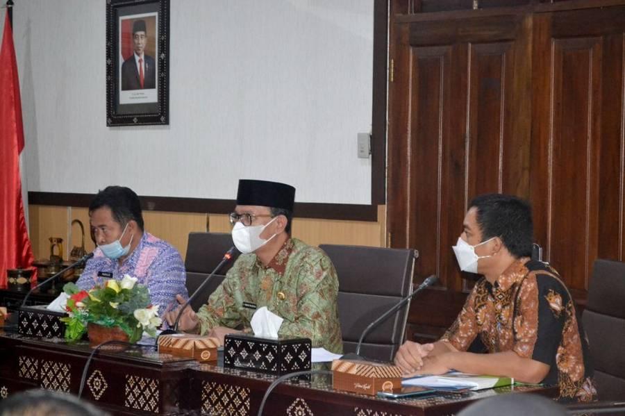 Audiensi Terkait Deklarasi Open Defecation Free dan Persiapan Kota Mataram dalam STBM Award